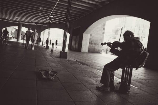 violin (600x400)
